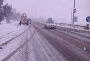تردد در راههای آذربایجان شرقی با وجود بارش برف و باران جریان دارد