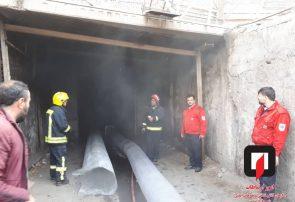 آتش سوزی دو دستگاه خودرو سواری در پارکینگ پاساژ امت تبریز اطفاء حریق شد
