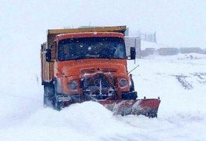 برف راه ارتباطی ۱۵ روستای هشترود را بست