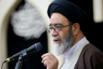 امام جمعه تبریز:نمایندهای که از حرف زدن علیه دشمنان بترسد، نماینده نیست