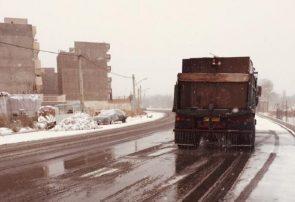 بسیج شبانه روزی تمام ماشین آلات سازمان مدیریت پسماندها برای برف روبی و محلول پاشی
