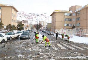 تصمیمات لازم برای سرعت بخشیدن به برف روبی در شرق تبریز اتخاذ شد