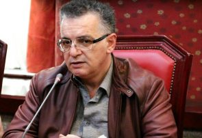 زنوزی: مسایل اقتصادی فدراسیون فوتبال قابل بحث است