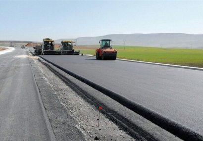 آسفالت راههای آذربایجانشرقی نیازمند ۴۰۰ میلیارد تومان اعتبار است