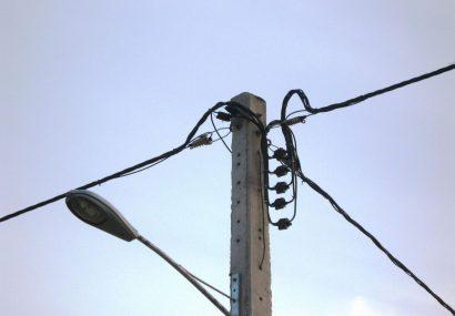 ۱۰۰کیلومتر شبکه مسی برق تبریز به کابل خود نگهدار تبدیل شد
