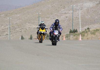 دومین دوره مسابقات سرعت موتورسواری آزاد در تبریز برگزار شد