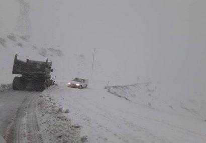 چهار هزار کیلومتر از راههای آذربایجانشرقی برفروبی شد