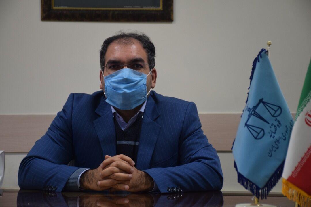 داماد عجبشیری به توزیع ماسک رایگان محکوم شد