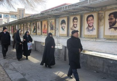 نمایشگاه مسیر سرخ در مصلی اعظم امام خمینی(ره) تبریز گشایش یافت