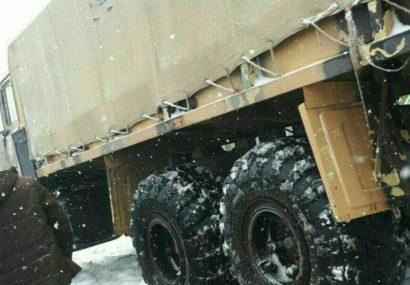 یگانهای ارتش به یاری محاصره شدگان برف در چاراویماق شتافتند