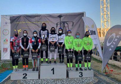 بانوان رکابزن آذربایجانشرقی در مسابقات اسپرینت نایب قهرمان شدند